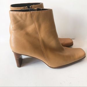 White Mtn Ankle Boots Zip Tan Leather Size 7